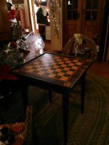 Table Checkered